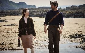 The Guernsey Literary and Potato Peel Pie Society (2018) Full Movie